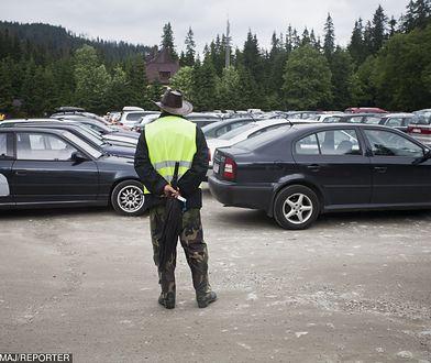 Gdzie parkować w Zakopanem? Najlepiej w ogóle nie przyjeżdżać tam samochodem.