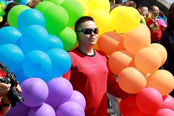 Tęczowa parada w stolicy  - zobacz zdjęcia