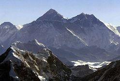 Lądowanie na szczycie Everestu