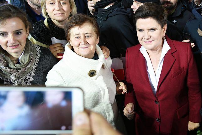 Beata Szydło ma najwięcej fanów w mediach społecznościowych spośród wszystkich kobiet polskiej polityki