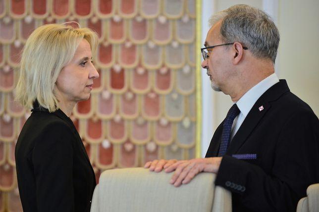 Minister finansów Teresa Czerwińska i minister inwestycji i rozwoju Jerzy Kwieciński przed posiedzeniem rządu 16 kwietnia 2019 r.