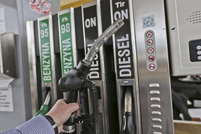 Ceny paliw na stacjach w górę.