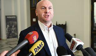 Były szef CBA Paweł Wojtunik wygrał przed sądem. Decyzja Szydło uchylona