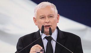 """Jarosław Kaczyński """"rozbił bank"""" obietnicami socjalnymi"""