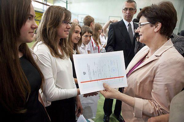 Krystyna Szumilas nie reformuje systemu edukacji w obawie przed protestami nauczycieli