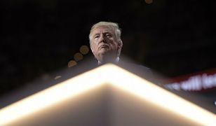Donald Trump i Breitbart. Portal alternatywnej prawicy odegrał niebagatelną rolę w wyborczym zwycięstwie