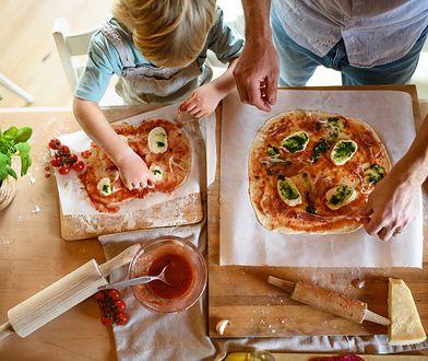 Rodzinne gotowanie może być wspaniałą zabawą