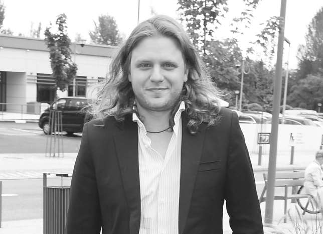 Piotr Woźniak-Starak miał marne szanse. Kobieta z motorówki była ranna