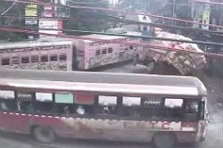 #dziejesiewmoto [221]: szczęśliwa ciężarówka, uciekający SUV i komediowy pościg