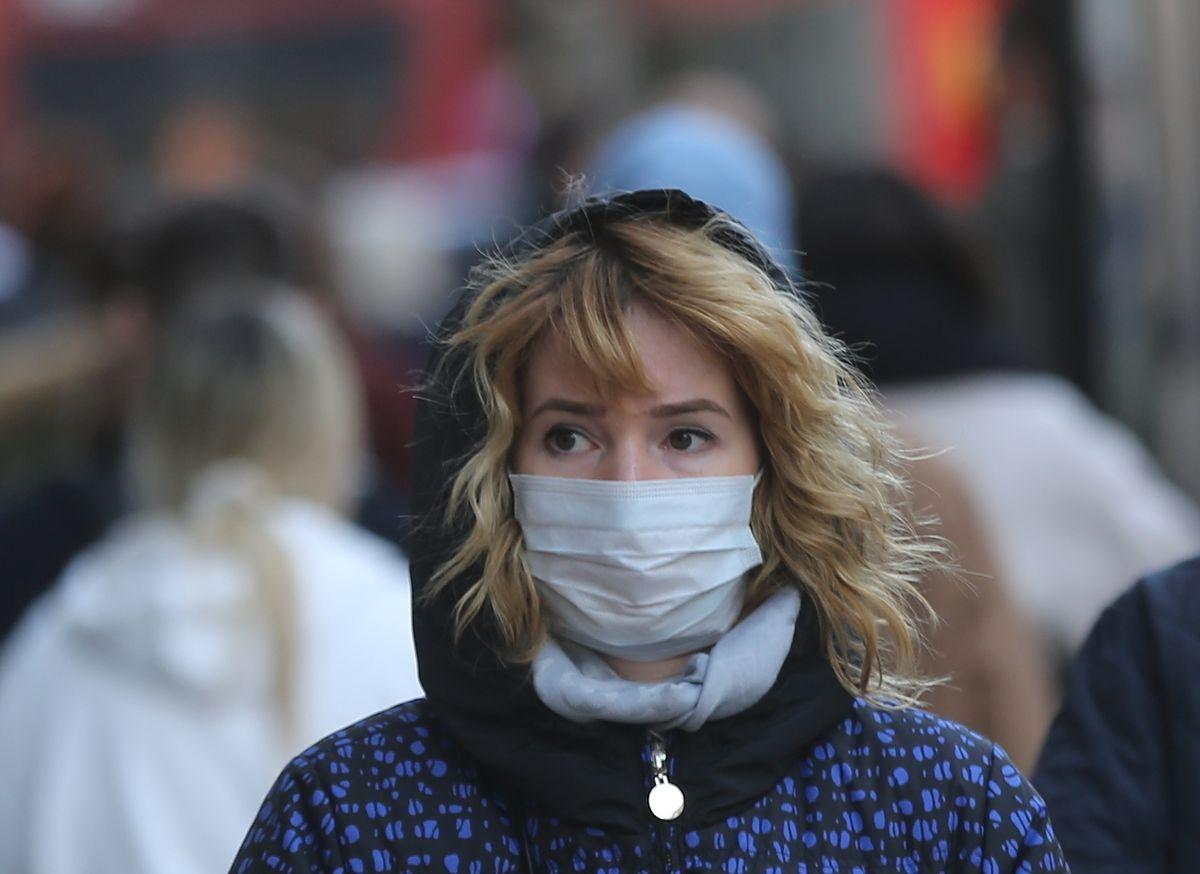 Koronawirus kontra grypa. Tłumaczymy, dlaczego nie można traktować ich tak samo