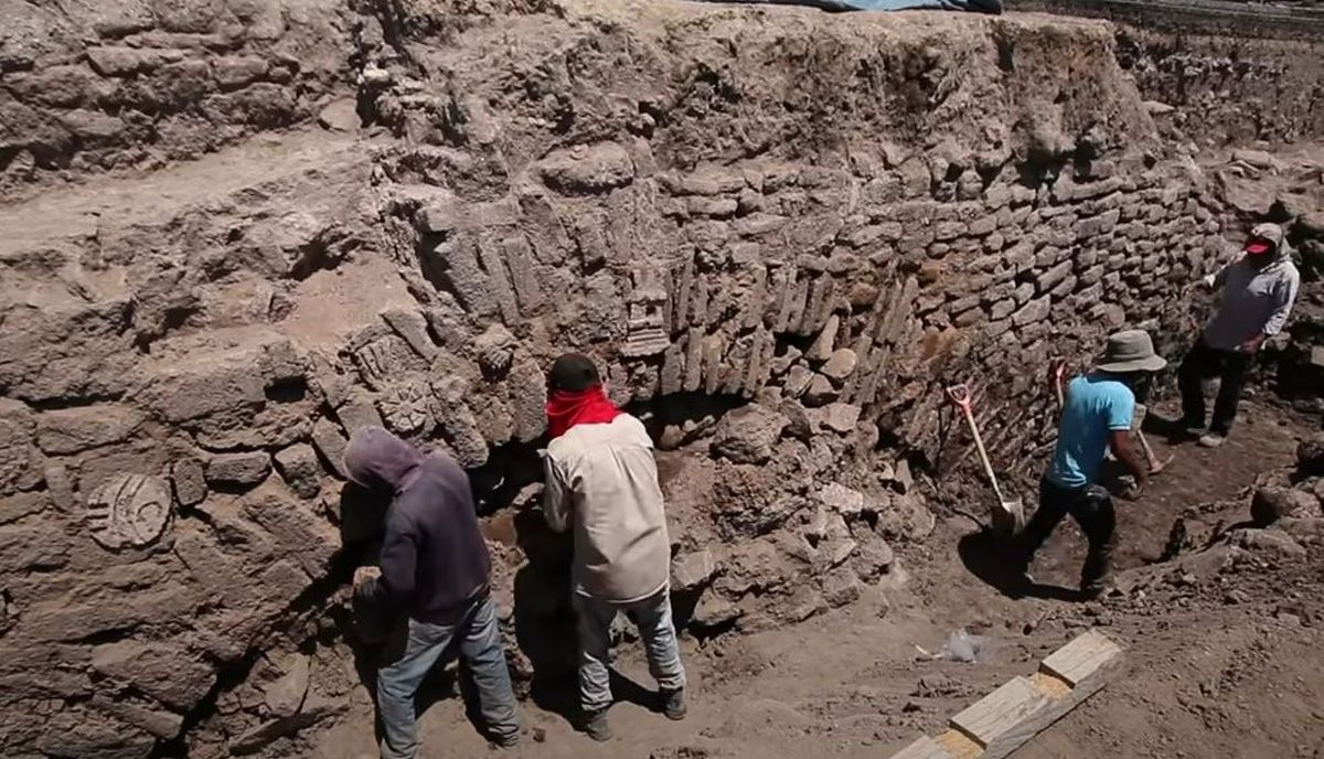 Nietypowa sytuacja w Meksyku. Archeolodzy zakopią odkryty zabytek