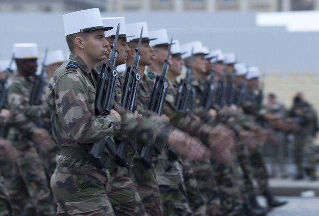 Członkowie Legii Cudzoziemskiej podczas parady w Paryżu, 2014 r.