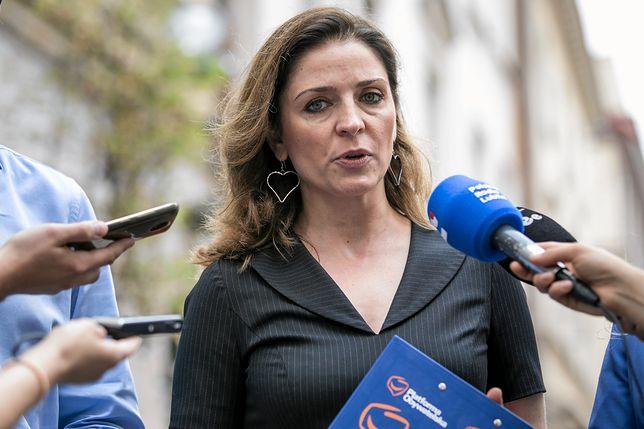 """""""Tłit"""". Joanna Mucha ujawnia: będą prawybory w PO. Skomentowała też powrót PiS do pomysłu likwidacji 30-krotności ZUS"""