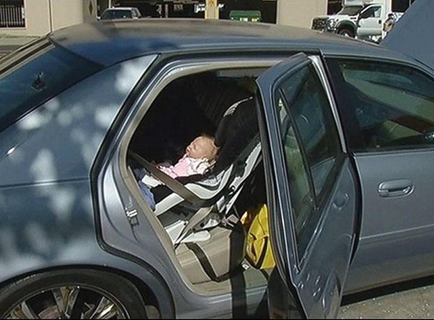 Ratował dziecko z nagrzanego samochodu. Bardzo się zdziwił
