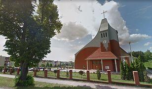Kartki świąteczne proboszcz parafii rozsyła już od 20 lat.