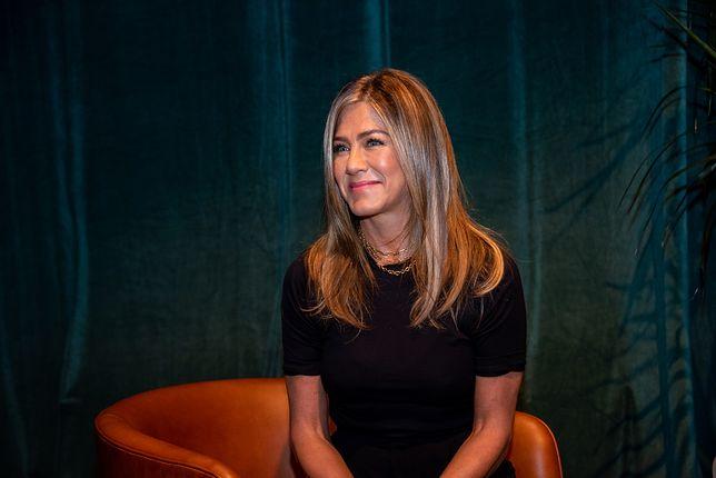 Jennifer Aniston pokazała zdjęcie z dzieciństwa. Przy okazji rozbawiła fanów
