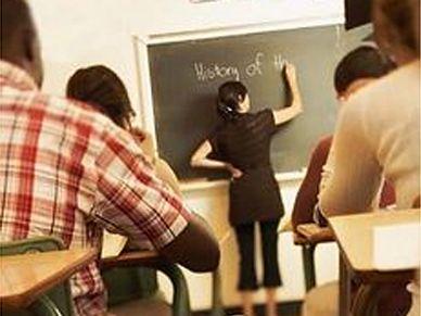 Coraz więcej nauczycieli chodzi na wagary