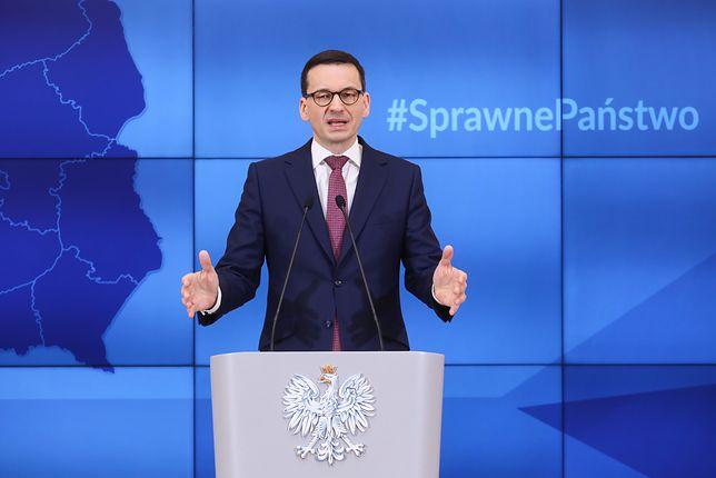 """""""Hipokryzja, obłuda, fałsz"""". Ostra reakcja na zapowiedź Morawieckiego"""