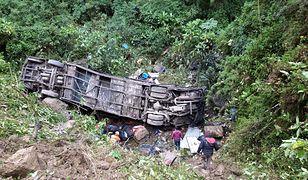 Tragiczny wypadek w Boliwii. Autobus wpadł w przepaść