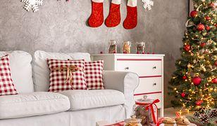 Wprowadź magiczną atmosferę do wnętrza za pomocą kilku świątecznych poduszek
