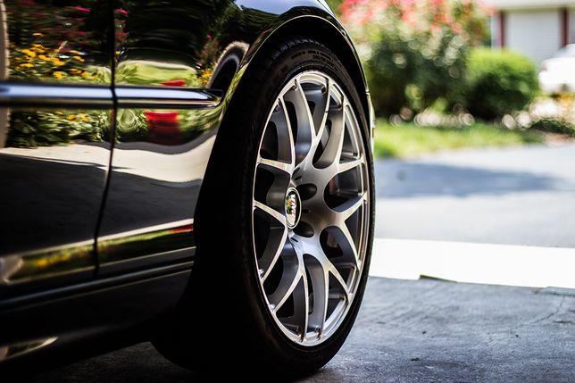 Jakie kryteria trzeba spełnić, by dostać kredyt na używane auto? Jakich formalności należy dopełnić? Poradnik