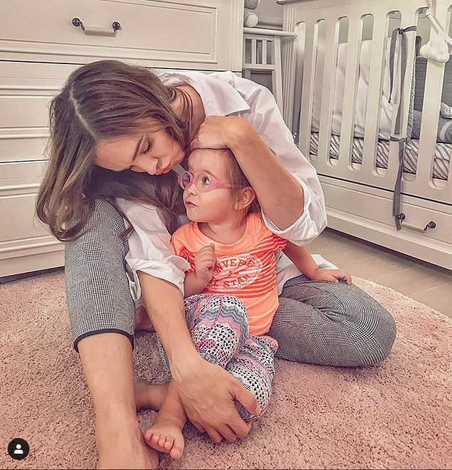 Anna Wendzikowska wyprawiła córce piękne urodziny. Tort robi wrażenie
