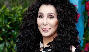 Cher ma być zaręczona z 27-lenim mężczyzną. Podobno planuje ślub