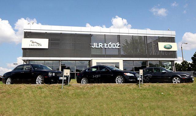 Podwyżki cen w salonach samochodowych