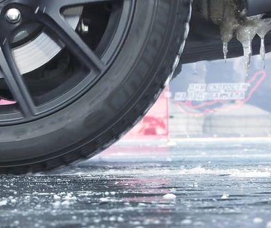 280 km/h po Bajkale. Rekord Jeepa Grand Cherokee