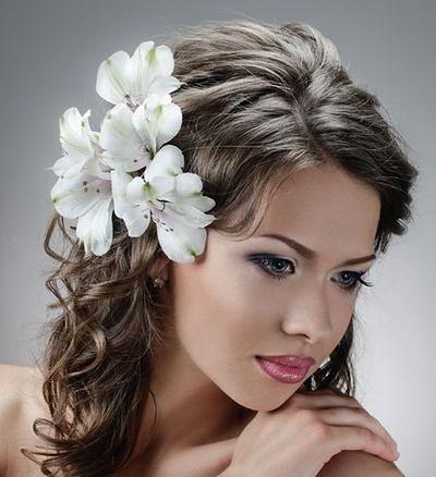 Wiosna i lato we włosach...