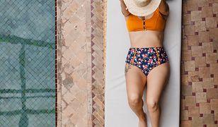 Trikini zamiast bikini. Strój z maseczką to hit na lato 2020
