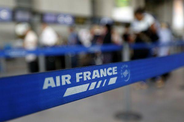 Piloci Air France przedłużają strajk o kolejny tydzień
