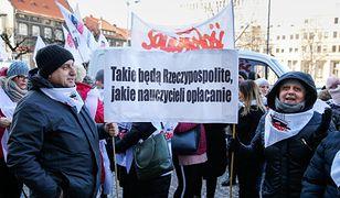 Strajk nauczycieli rozpocznie się 8 kwietnia i potrwa dopóki nauczyciele nie dostaną 1000 zł podwyżki.