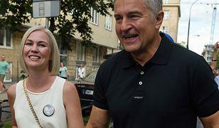 """""""Napluł na mnie. Czekam w sądzie"""". Żona Frasyniuka pozwała Sklepowicza za """"Kto to ru...a"""""""