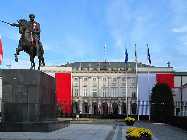 W Pałacu Prezydenckim msza święta w 5. rocznicę katastrofy smoleńskiej