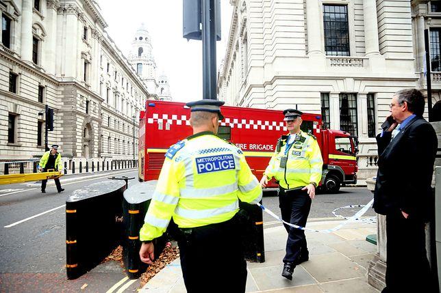 Policja zapowiada wzmożone patrole na ulicach brytyjskich miast