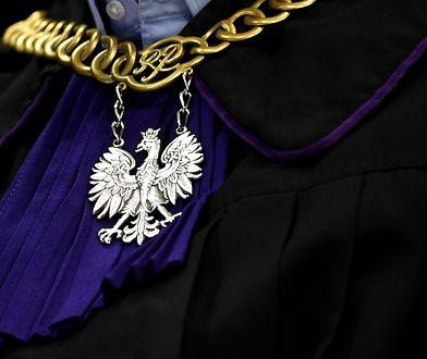 B. prezydent Tarnowa trafi do więzienia na trzy lata