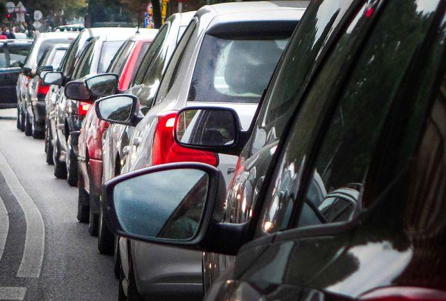Kierowcy powinni zjechać na drogę krajową nr 3