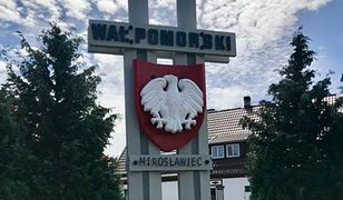 Pomniki stawiano w 1979 r. na terenie dawnego województwa pilskiego