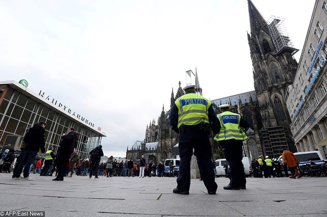 Wzmocniono m.in. patrole przy katedrze św. Piotra i Najświętszej Marii Panny w Kolonii.