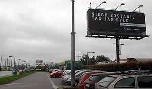 Afera billboardowa. Ratusz bierze pod lupę kampanię PiS w sprawie sądów