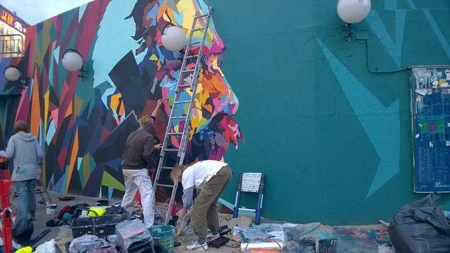 Tak powstawał mural z Piłsudskim na Patelni (WIDEO)