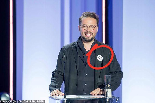 """Antoni Komasa-Łazarkiewicz ze znaczkiem """"KONSTYTUCJA"""""""