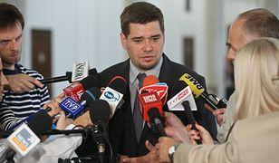 Michał Królikowski miał być pośrednikiem w jednej z firm, która brała udział w procederze przestępczym