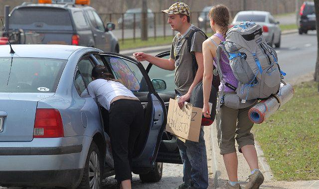 Carpooling: czy podwożenie za pieniądze to ryzyko?