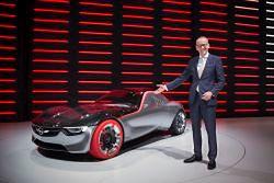 Opel GT Concept: prawie 150 KM z litrowego silnika