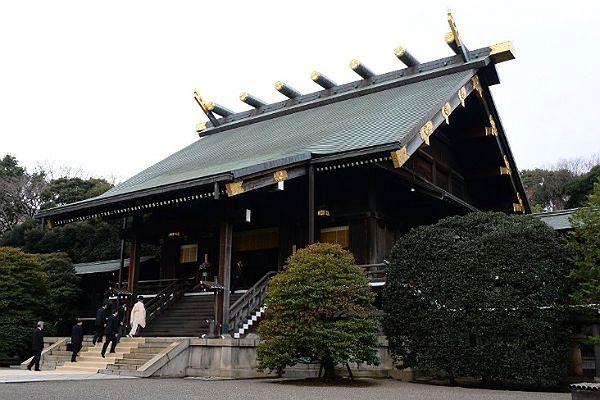 Premier Japonii odwiedził świątynię Yasukuni