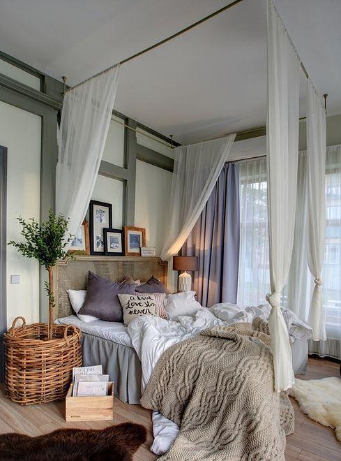 Łóżko z baldachimem: do każdej sypialni