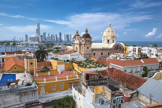 Kolumbia to nie tylko gangi, ale też kolonialne miasta z fantastyczną architekturą i wielkie metropolie, przyciągające gwarem i nowoczesnością