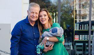 Apoloniusz Tajner i Izabela Podolec pojawili się z synem w telewizji. Nie kryją się ze szczęściem